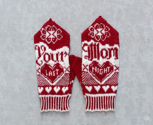 glitzknitsboutique:  Your Mom's Mittens by heatherxxll