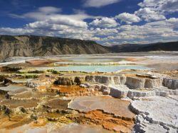 imgoftheday:  Mammoth Hot Springs, Yellowstone