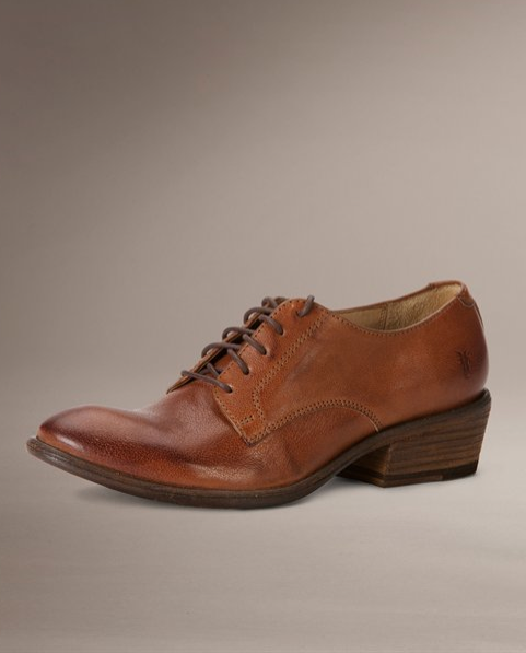I'm fighting an overwhelming desire to buy the Frye Carson Oxford in cognac. Unfortunately (fortunately?) I think I'm losing the battle.