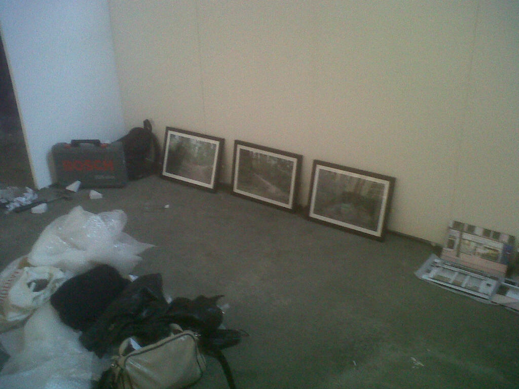 159/366 The day before the degree show, went in for 10am to put up all the work and get everything set up. It took a hell of a lot longer than I thought it would and without Daniela's dad doing most of the work for me I don't think I'd have managed to get the pictures up at all!