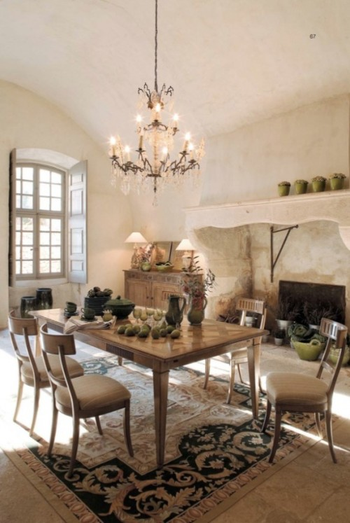 (via Rustic Dining Room Furniture)