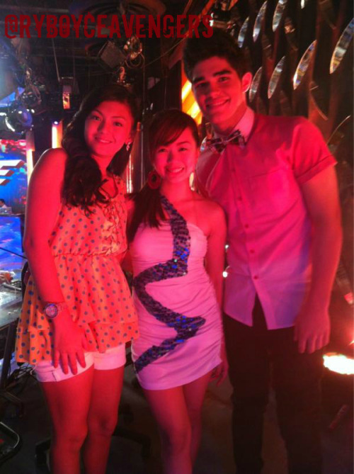 Happy Tuesday with Ryan and Karen as It's Showtime hurado! =)) ctto: @sweetmadc