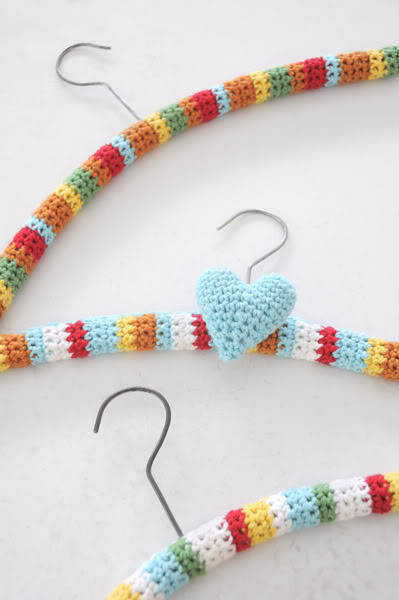 Not just cool for Grandma, now you too can make your very own crocheted hanger covers.  Stacey Trock has designed some fun crochet hanger covers for SpudandChloe and there is a free tutorial for you to follow. Easy!