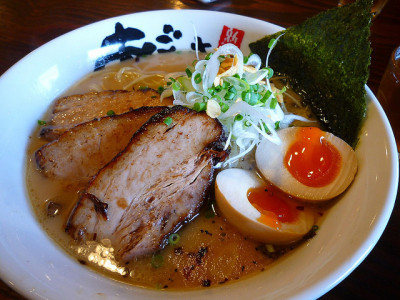 soysauce-tonkotsu pork ramen with egg @Agosuke by Phreddie on Flickr.