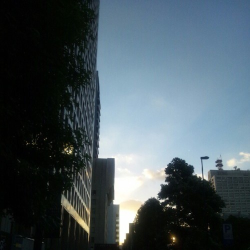 #photo #sky #cloud #空 #sun #sunset #太陽  (Instagramで撮影)