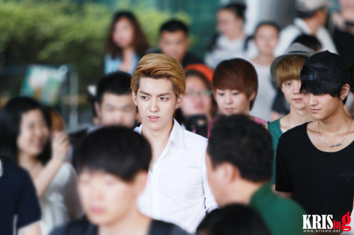 fyeahkris:  cr; as tagged. DO NOT EDIT.