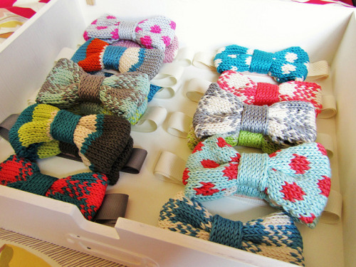 craftbloguk:  Collection of Bow Ties by ThreadBEARUK on Flickr. Via Flickr: Knitted bow ties
