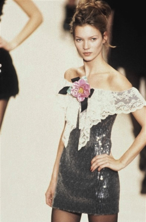 satinandtat:  Kate Moss at Chanel RTW 1993