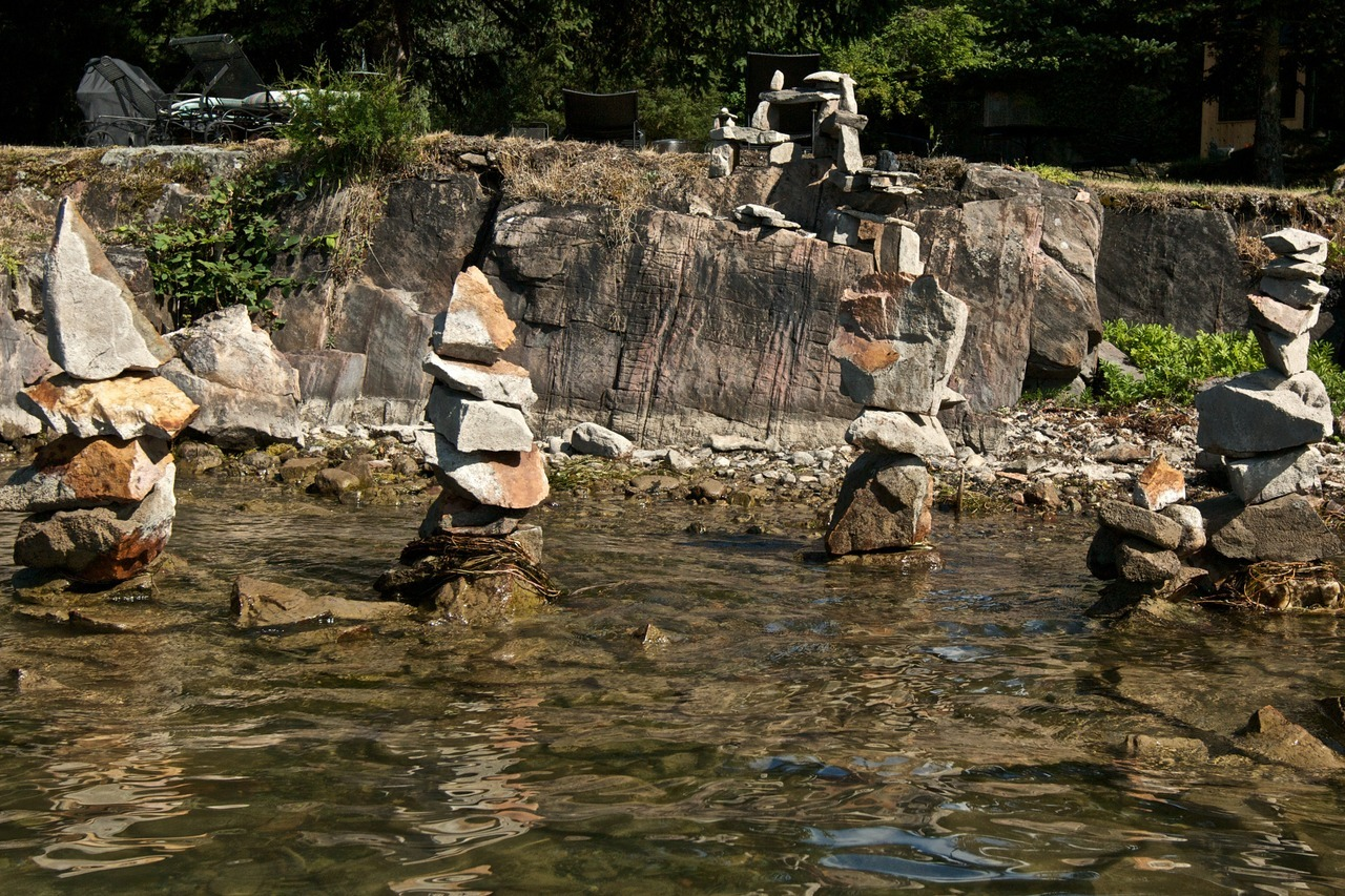 The Four Rockmen. - Laundry Point. St. Lawrence River.