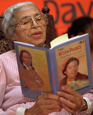 awesomepeoplereading:  Rosa Parks reads.