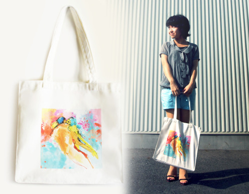 Nana rocking our LOVERS Tote Bag! Lovers Tote Bag available here! INVERTED COMMAS Connect with INVERTED COMMAS: ETSY FACEBOOK TWITTER FLICKR CHICTOPIA CHICISIMO PINTEREST