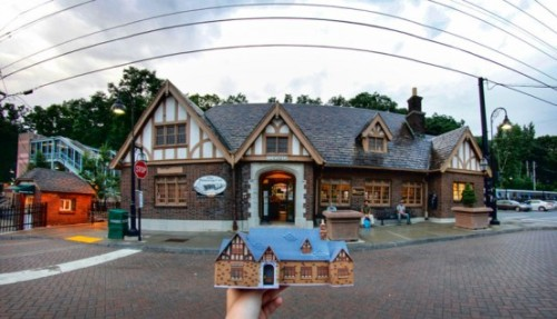 3D Printed Brewster Station : Pushing the Limits of Browser Based 3D Modeling Possibly the most advanced 3D Print ever to hit Shapeways from browser based 3D modeling software Tinkercad is the Brewster Station by emmyceru AKA Emily AKA Cat Girl…. Simply amazing… And yes, this is a photograph….