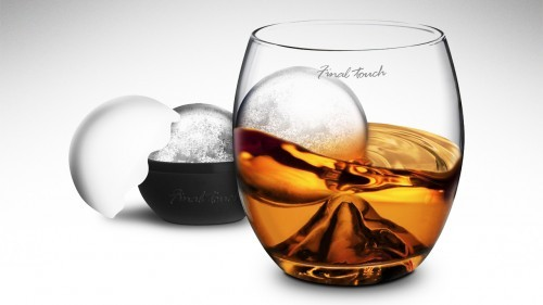 (via Roller Rock Glass Is The Boss Way Of Drinking Whisky | OhGizmo!)