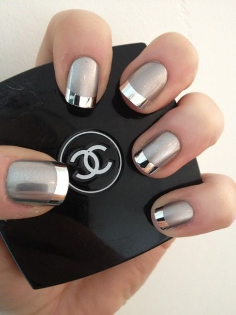 askjackieb:  #CHANEL #NAILS #SILVER #TWOTONED #BEVERLYHILLS #AJB  I want these! @belli486