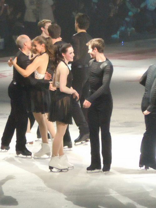 Tessa & JButt  Stars on Ice 2012