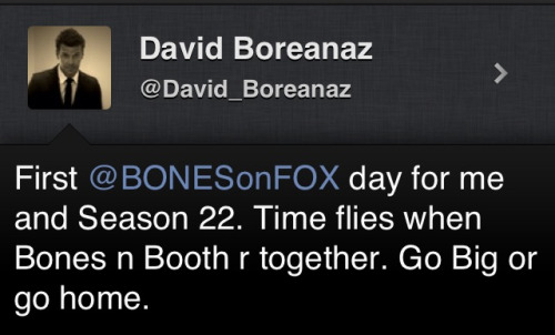 hellyeahbones:  asdfghjklasdfghjkl DAVID AND EMILY ARE SHOOTING TOGETHER. B/B are reunited.