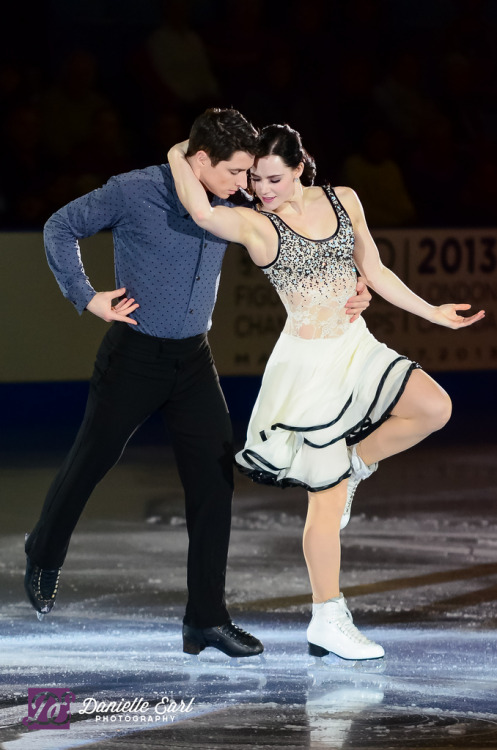 beautiful-shapes:  Tessa Virtue and Scott Moir nats 2012, Gala