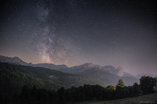 winterho:  Milkyway abobe Wetterstein on Flickr.  memories