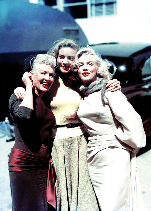 So gorgeous!  Betty, Lauren and Marilyn photographed by Earl Theisen