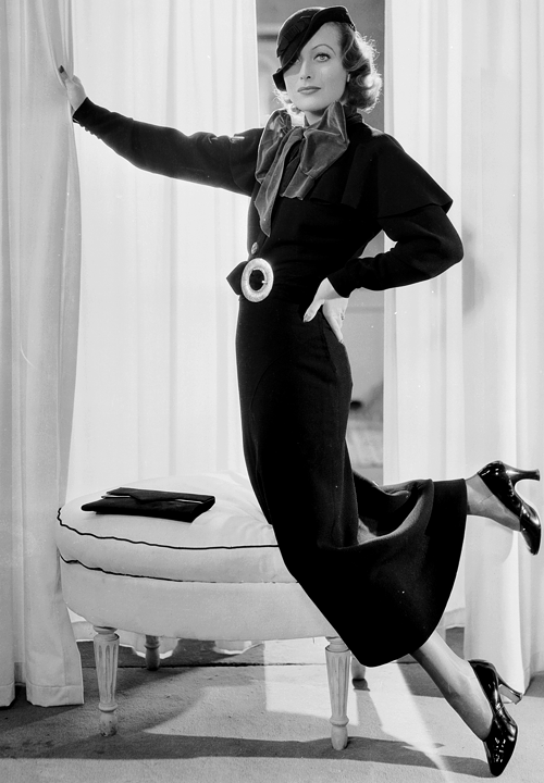 theclutteredclassicattic:  orsons: Joan Crawford photographed by George Hurrell, 1932
