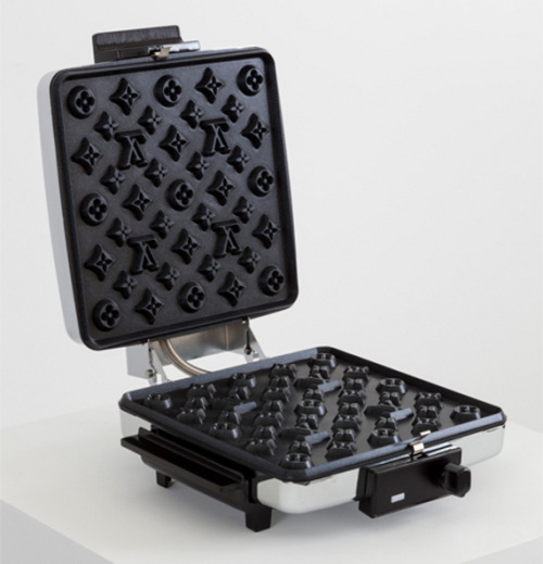 Andrew Lewicki brings us this fancy-pants Louis Vuitton waffle make