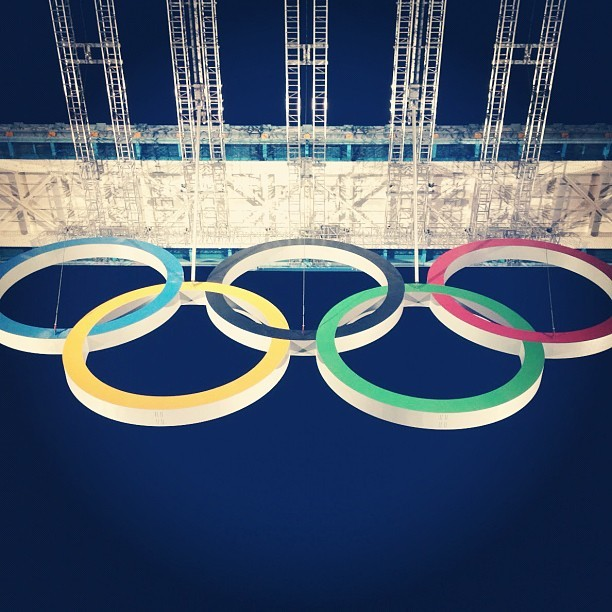 Up close with the #Olympic rings on Tower Bridge. Be sure to post a nighttime photo of your favorite monument between now and August 12th with the hashtag #GELights, for the chance to win a trip to London for a tour of Tower Bridge, and a #lighting home makeover from #GE! #technology #olympics  (Taken with Instagram)
