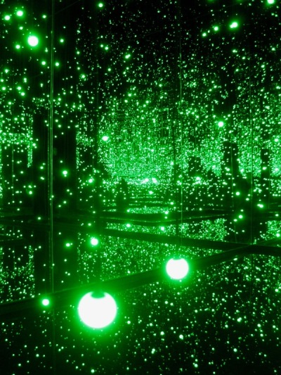 notgrey:  Yayoi Kusama @ Tate Modern 'Infinity Mirrored Room – Filled with the Brilliance of Life'