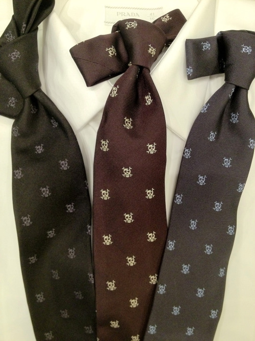 samatmarios:  This fall's Prada skull and crossbones tie comes in three color ways.     What a great investment. The ties may be proceed than what some of our gents are used to, but the quality will speak for itself. If you're annoyed with flyaway strings coming undone from the ties you already own, it's definitely time for an upgrade!