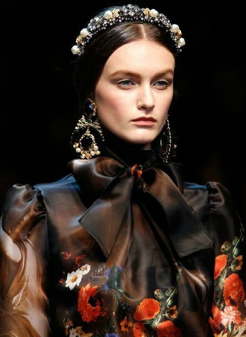 Andie Arthur at Dolce and Gabbana fall/winter 2012