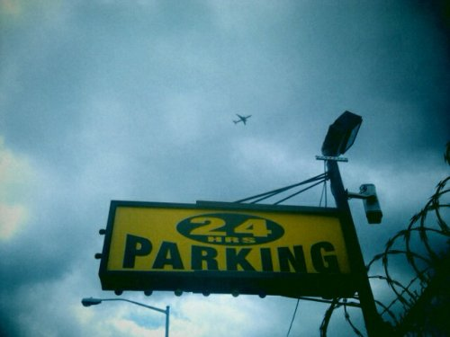 Airplane parking Brooklyn, NYC [photo © Maitreya Levanchild]