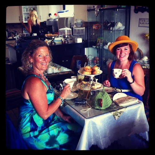 #tea #time with #mum  (Taken with Instagram at mad hatters tea room)