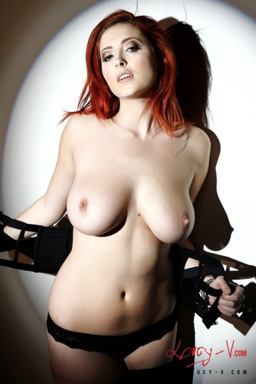 welcometoboobsville:  Lucy Vixen Be sure to check out A Very Foxy Vixen every day for a fresh dose of Lucy