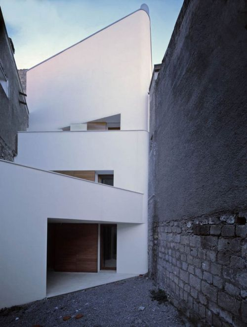 n-architektur:  Two houses in Orsara, Italy Raimondo Guidacci