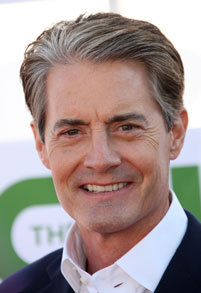 "silentdraperunners:  zap2it:  Kyle MacLachlan on 'Twin Peaks,' cherry pie and (damn) fine wine ""You can have my wine with cherry pie very easily — absolutely.""  KYLE MACLACHLAN UR WINE IS SO GOOD BUT SO DAMN EXPENSIVE.   Damn fine!"