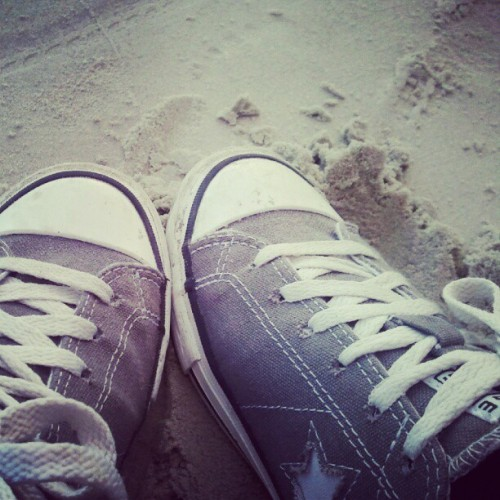 Teehee. #converseonestar #converse #shoes #sneakers #sand #photos #phonetography #phoneography  (Taken with Instagram)