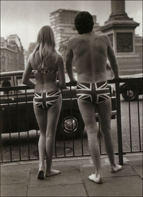 theyroaredvintage:  Trafalgar Square, London 1969.