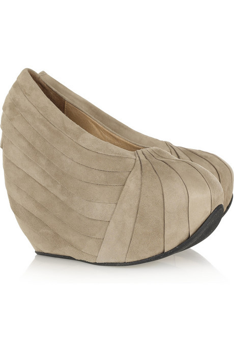 How do you feel about these pleated suede platform pumps?