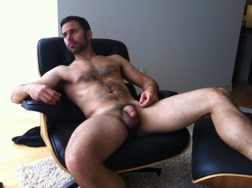 biblogdude:  Love his big balls .. and he is a damn sexy man!!