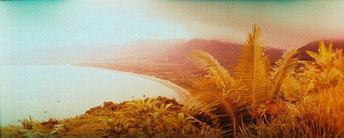 (via one more beach nearby ubatuba by magicbus - Lomography)