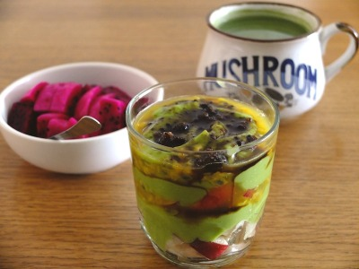 recipeforanartplease:  Avocado parfait, matcha, red dragon fruit.