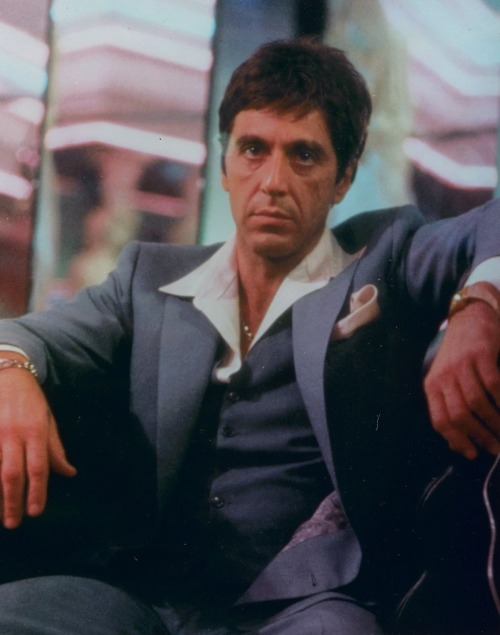 nowchangedattampon:  moneymafia:  (via imgTumble)  oh yes….tony montana baby