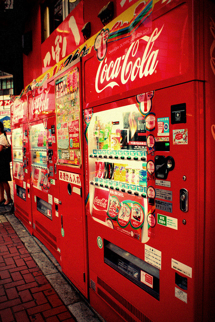 Coca Cola Vending Machines by OscarAllan on Flickr.