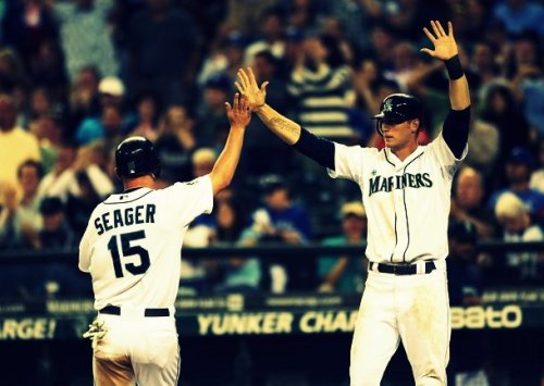 Mariners extend their win streak to six games as they beat the Blue Jays 7-2! Longest streak of the season!
