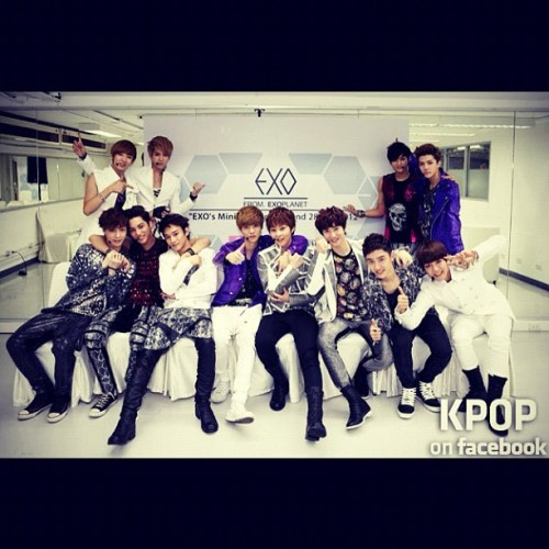 we are one! #EXO #EXOPlanet #EXOM #EXOK #엑소 #에소캐이 #엑소엠 #sment #kpop #cpop (Taken with Instagram)