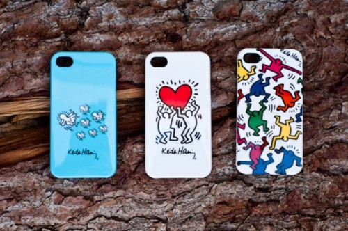 A number of new iPhone cases sporting designs by famed artist Keith Haring have been released. Check out all the designs over at Highsnobiety.