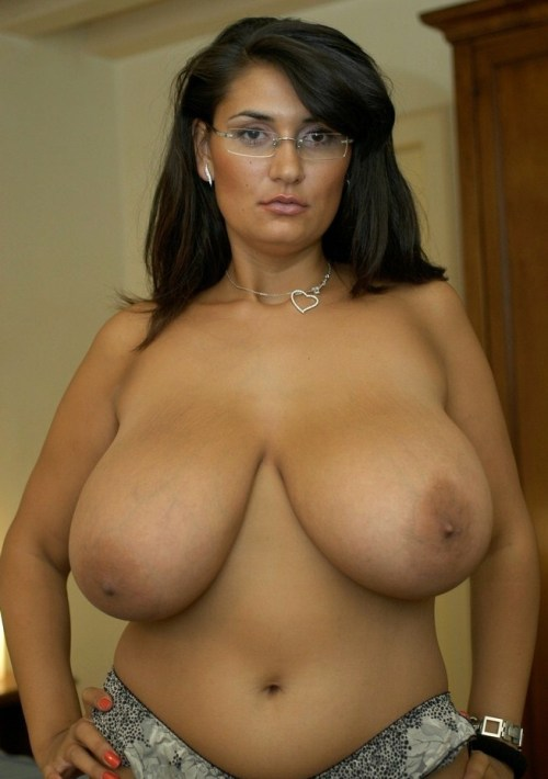 olderandlargerbeauties:  milfsearcher:  luv-2-share-pics:  Don't make me have to forgive you!  Very Nice!!!  (via imgTumble)