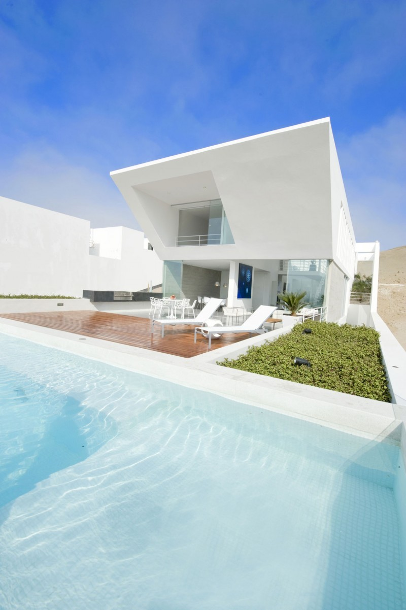 cjwho:  House Playa El Golf H4 by RRMR Arquitectos