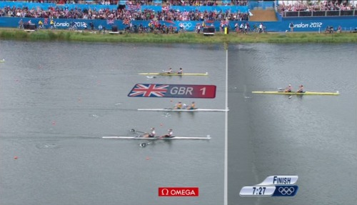 THE FIRST GOLD MEDAL OF LONDON 2012 FOR TEAM GB!!! Rowers Helen Glover and Heather Stanning win the Women's Pair :)