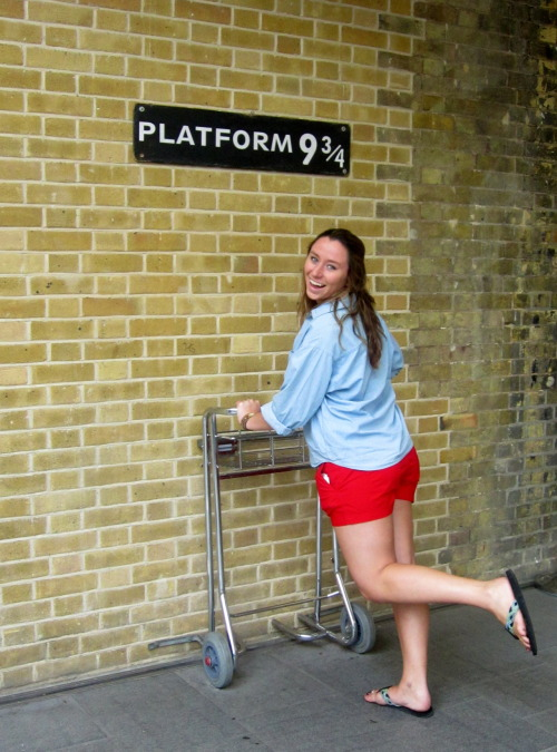 Day Two Hundred Ten: the must-see stop in London… Platform 9 3/4 ;)