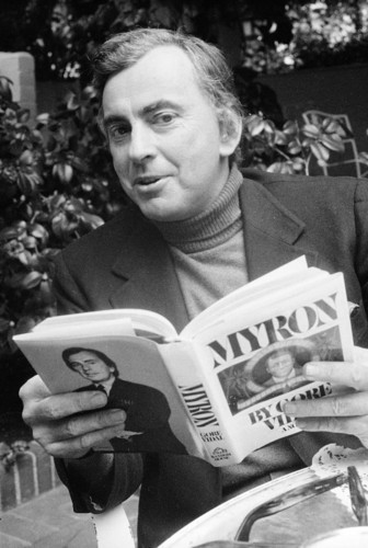 awesomepeoplereading:  Gore Vidal reading.